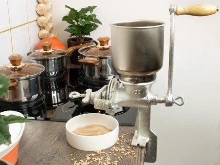 Młynek do zboża Brunbeste 2512 żeliwny śrutownik stołowy maszynka ręczna